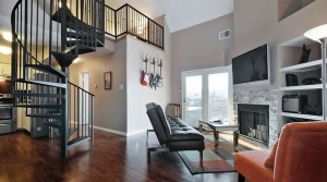 3BR Renovated Downtown Condo – Amazing Location!